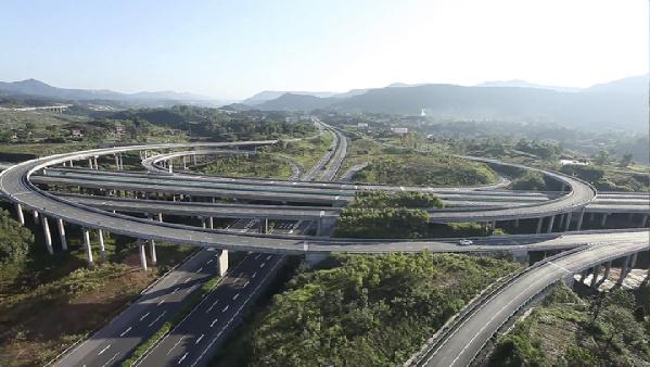 一座生机盎然的绿色之城正在崛起--用重大项目撑起达州的脊梁
