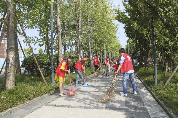 开江县启动全民环保志愿服务活动