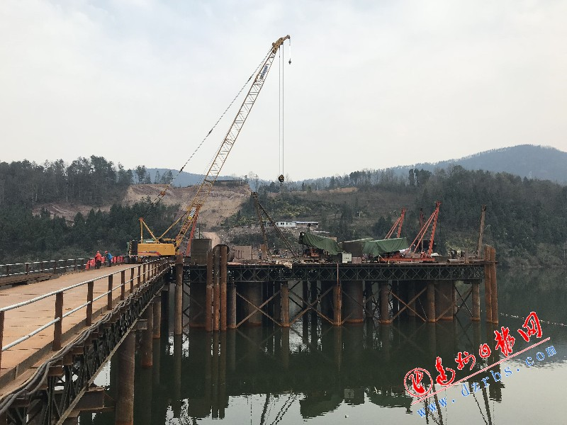 达宣疾速通道控制性工程两座大桥设置装备摆设顺遂推进
