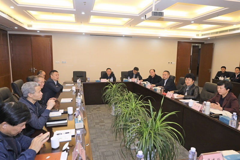 包惠在蓉会见客商 热烈欢迎优质企业投资入驻共赢发展