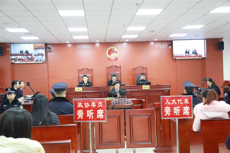 通川区法院公然开庭宣判一同以逃匿方法拖欠46名员工休息人为27万余元