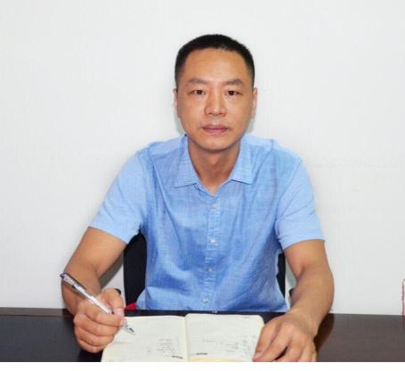 记政协委员王松柏