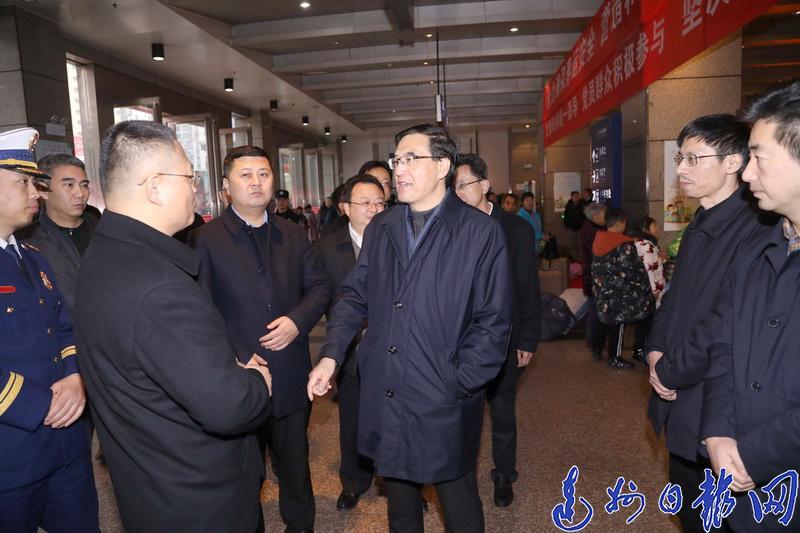 郭亨孝:让市民过一个安定、欢乐、祥和的新春佳节