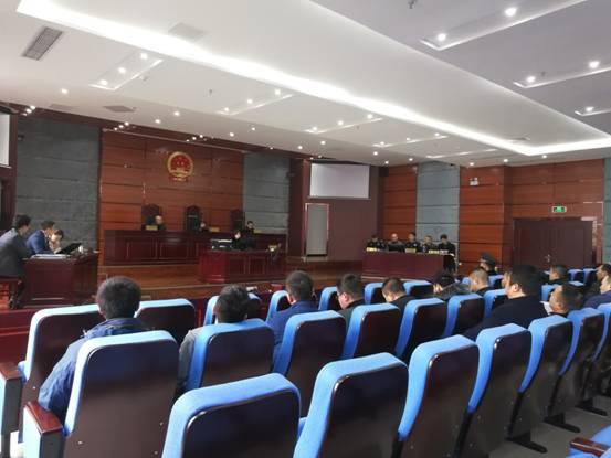 万源法院审理两行政案件,邀请当地公安局参与旁听