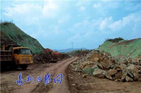 元九大道西延线ⅡⅢ期建设全面提速