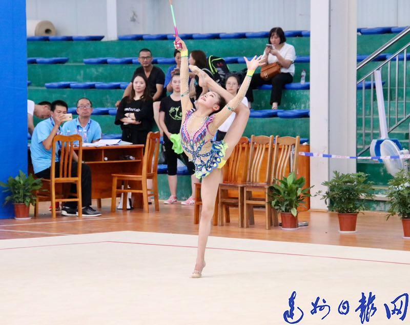 精彩表现收获掌声!12岁达州少女亮相全国艺术体操锦标赛