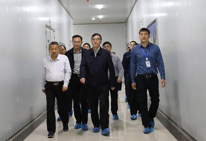 郭亨孝到经开区调研:帮助企业解决实际困难和问题