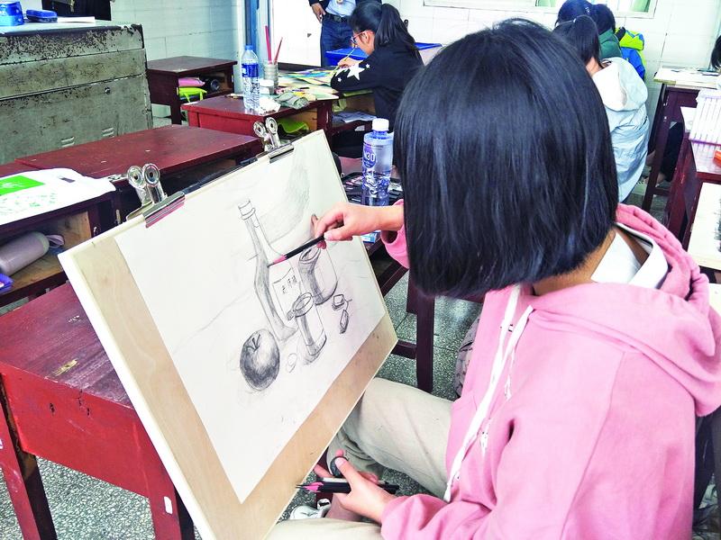 达州12400余人报名参加全省中小学优秀艺术人才大赛