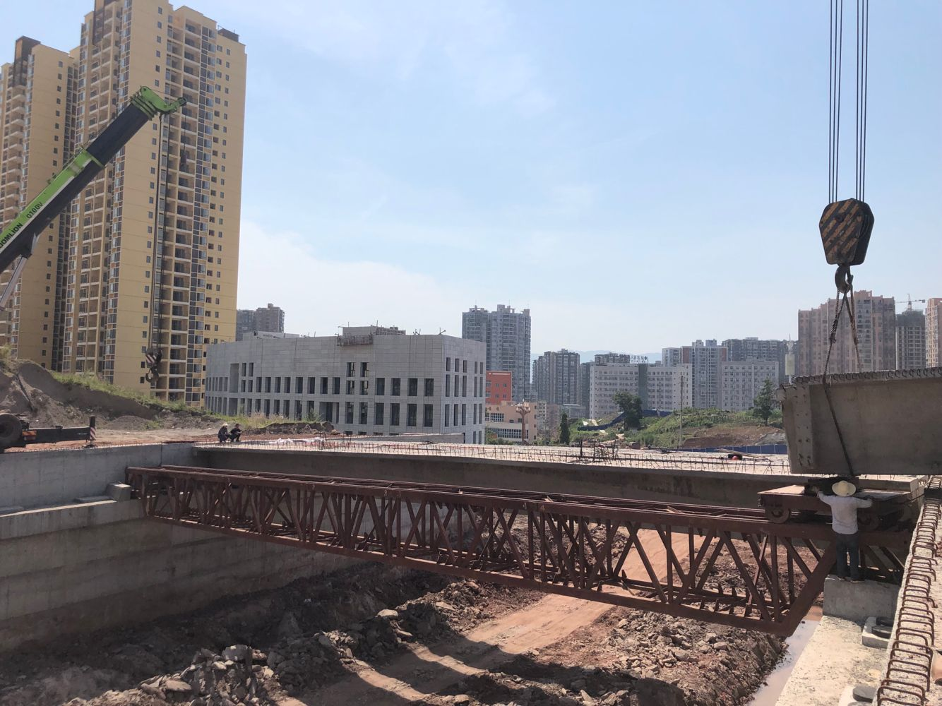 三里坪人文生态区16条骨架道路有望年底基本建成!