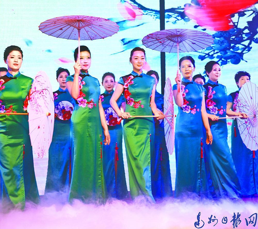 百变人生 婀娜旗袍!通川区旗袍协会成立 已经吸纳会员116人
