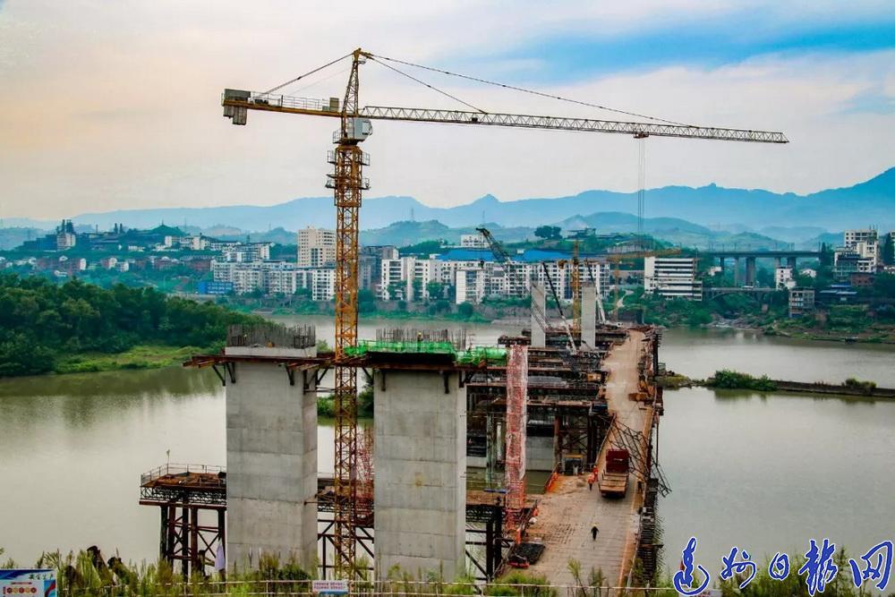 桩基施工完成80%!中坝州河大桥工程有序推进