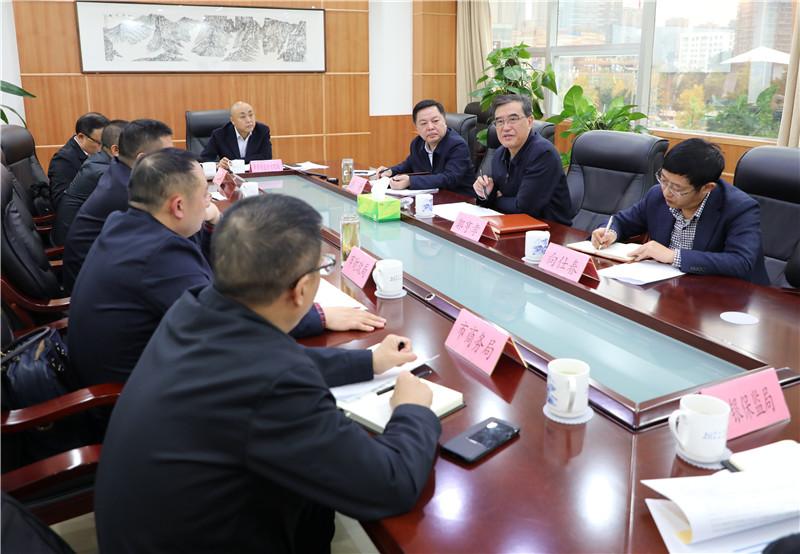 郭亨孝主持召开专题会,研究部署达州稳定生猪生产