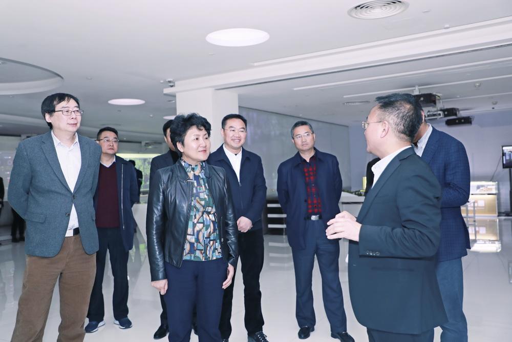 包惠到北京软通智慧公司考察