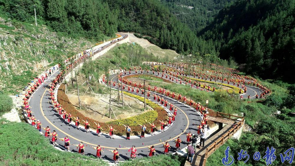 """宣汉县获评省""""四好农村路""""示范县"""