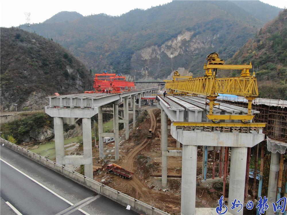 巴万高速又有新进展!官渡枢纽互通立交预计明年6月竣工