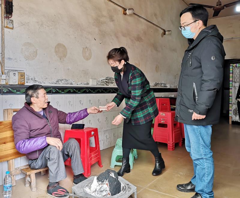 10000元(yuan)!大竹一特困供(gong)養人捐(juan)出(chu)全部積蓄支(zhi)援抗疫
