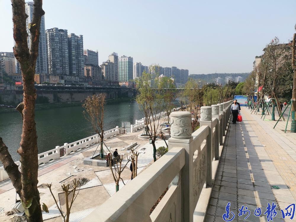 有xing)月10日開放!濱河游園北延線洲(zhou)河花園至野茅溪大橋段