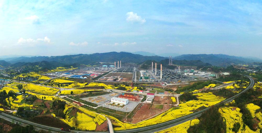 普光(guang)氣田硫黃產銷量突破1700萬噸