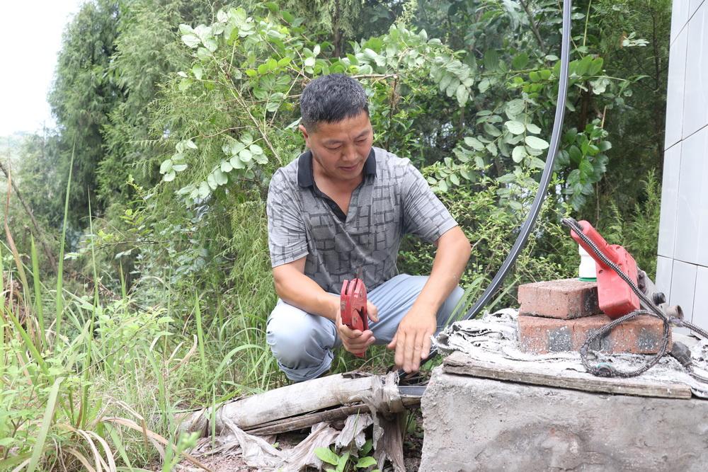 """中xing)某喬ㄏ鈁zhi)農(nong)村飲水工程維護不到位(wei)問題︰讓每家每戶的大水缸""""退休(xiu)"""""""