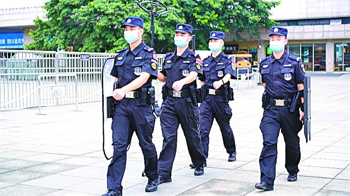达州火车站黑车候客拉客乱象反弹,警方专项整治抓获91人