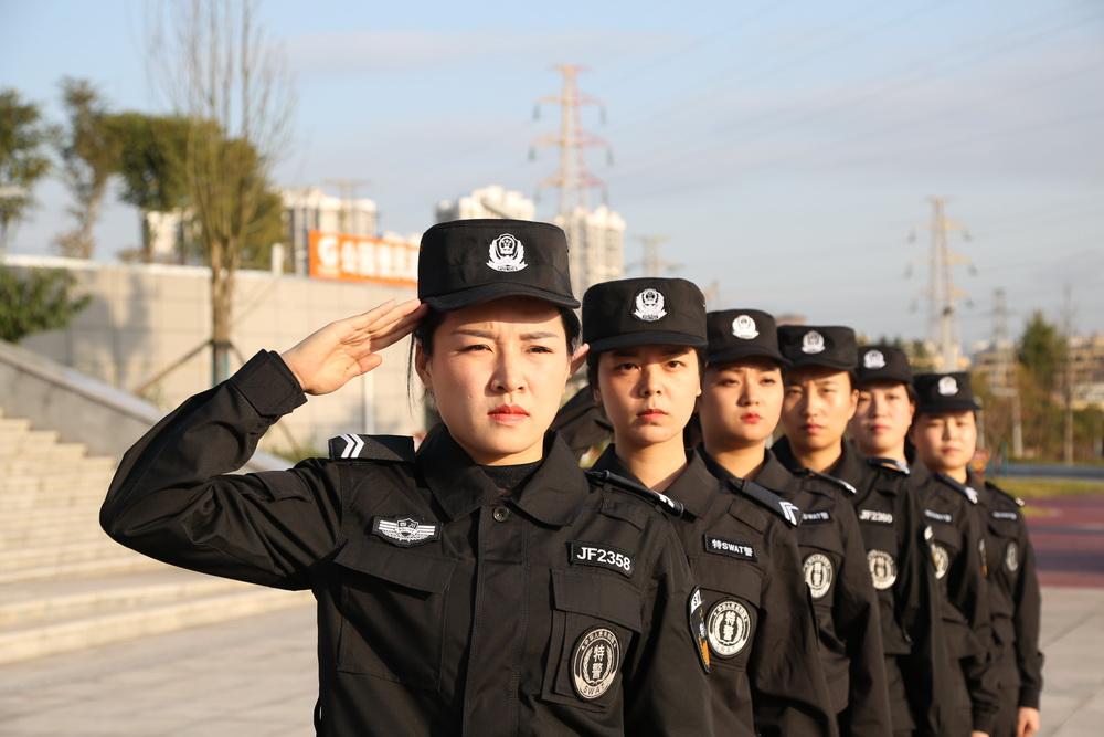 通川特巡警开展冬季练兵