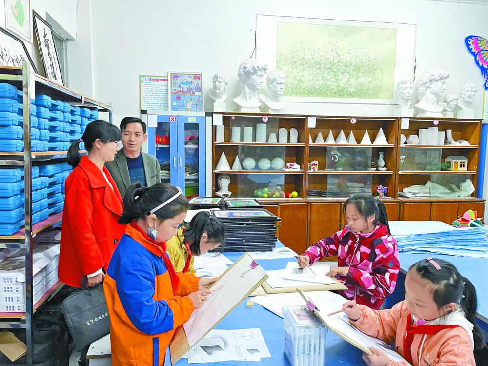 宣汉:向家长展示课后服务效果