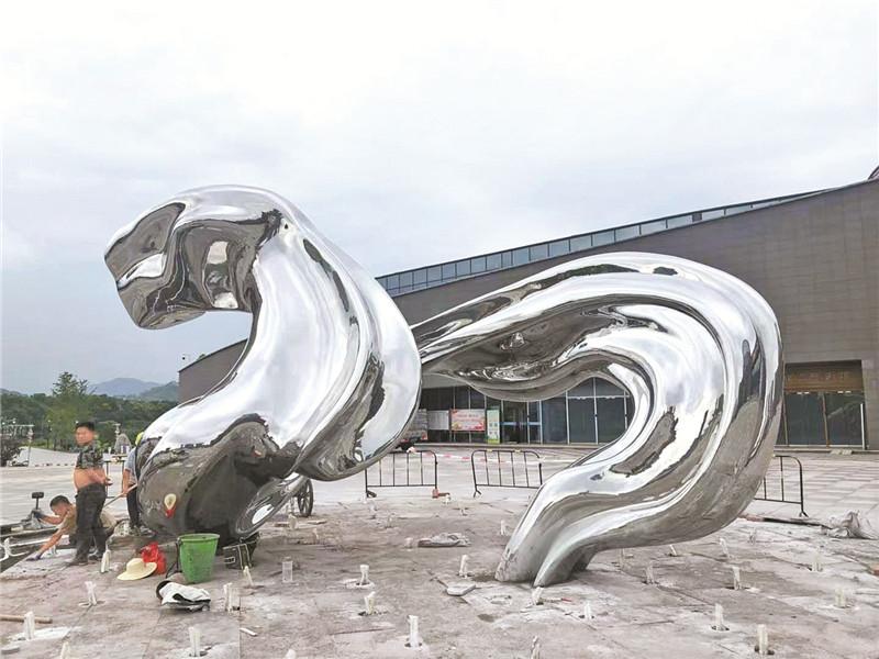 巴山大剧院广场将新增巴文化雕塑