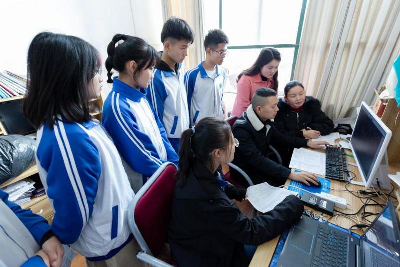 """开江职中""""5+X+1""""模式打造过硬教师队伍"""
