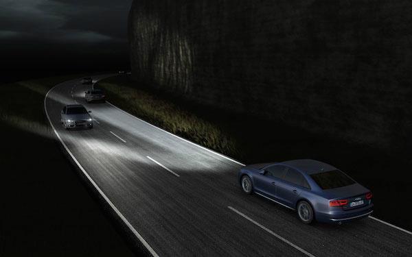 奥迪推最新 智能 Matrix LED头灯技术高清图片