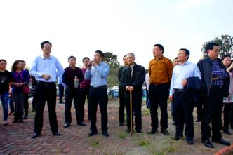 渠县人民医院职代会组织代表感受渠县新变化